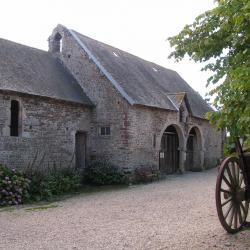L'ancienne charetterie, vue depuis la basse cour