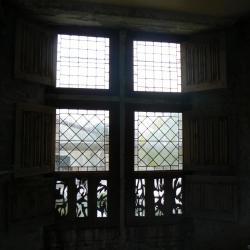 Fenêtre style XVème de la chambre seigneuriale.